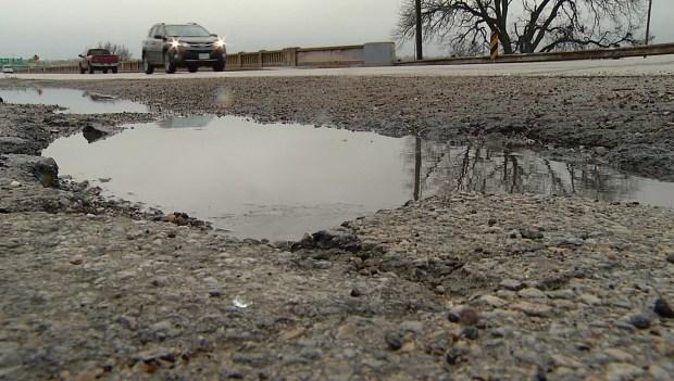[DFW] Pothole Repairs Along I-35E