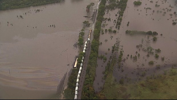 Chopper 5 Surveys Flooded Navarro County