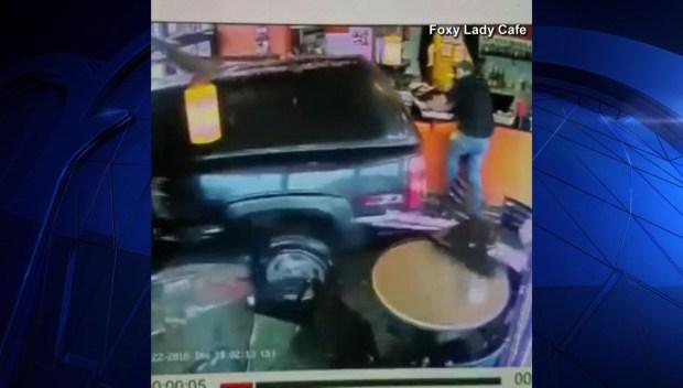[DFW] Car Slams Into Cafe