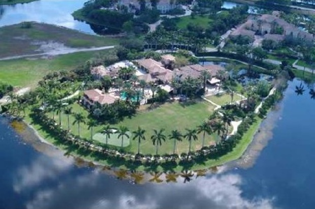 Dan Marino Sells Florida Home at 50% Off