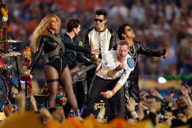 Photos: Super Bowl 50 Halftime Show