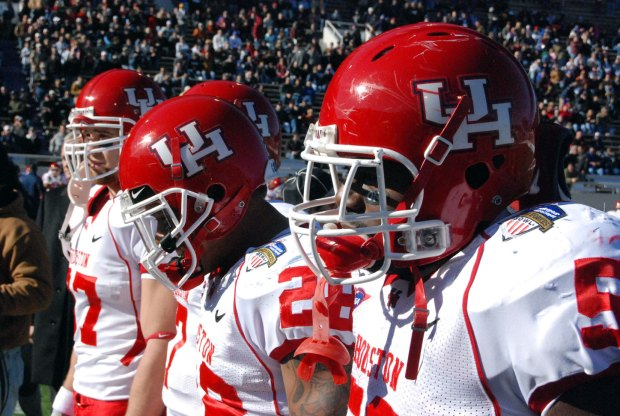 UH Wins 2008 Armed Forces Bowl