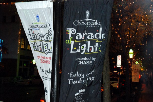 FW Rings in Christmas Season With Parade of Lights