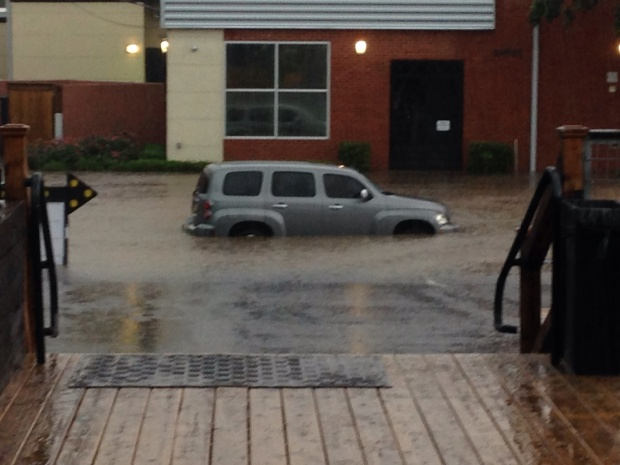 [DFW] Fort Worth Floods After Severe Storms