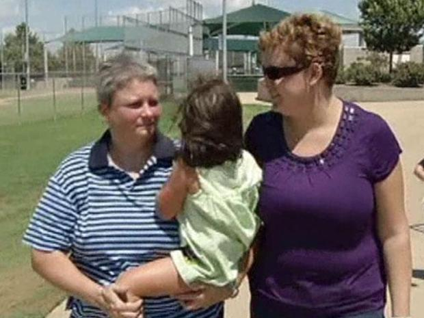 [DFW] Girl with Lesbian Parents Denied Enrollment