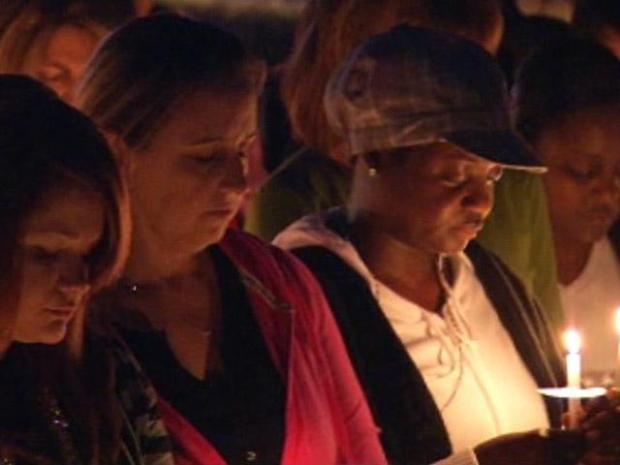 [DFW] Mourners Remember Smith and Carter