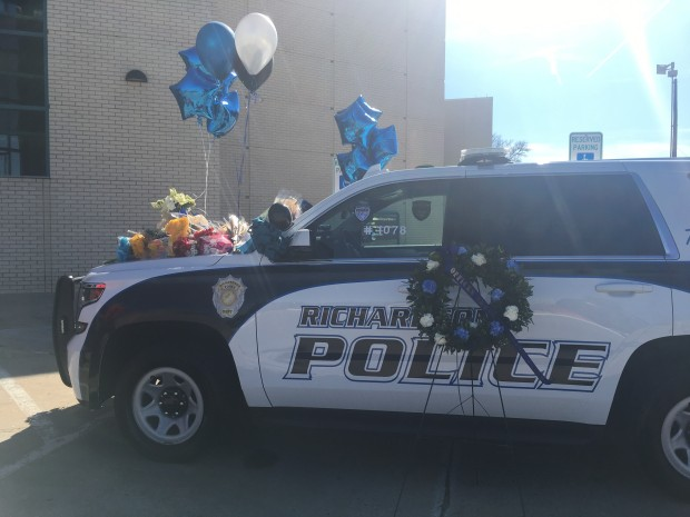 [DFW] Memorial Grows for Fallen Richardson Police Officer