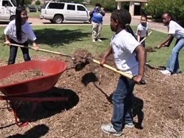 [DFW] Earth Day at Briscoe Elementary School