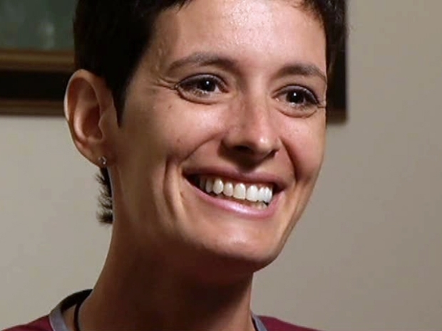 [DFW] Mom With Rare Breast Cancer Still All Smiles