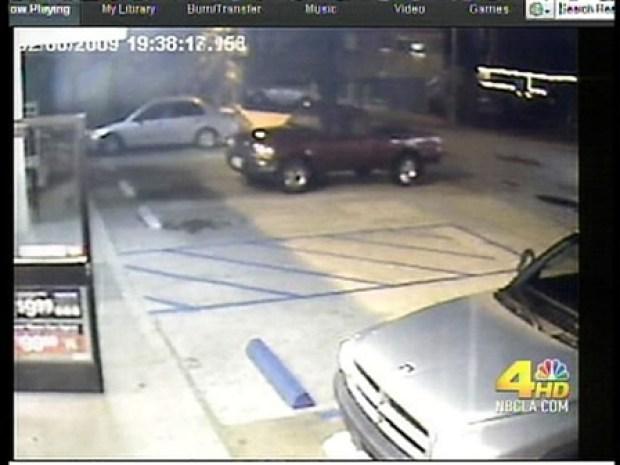 [LA] Car Hides from Driver