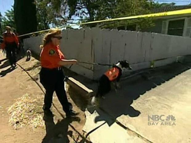 [BAY] Investigators Search Home Next Door to Garrido Property