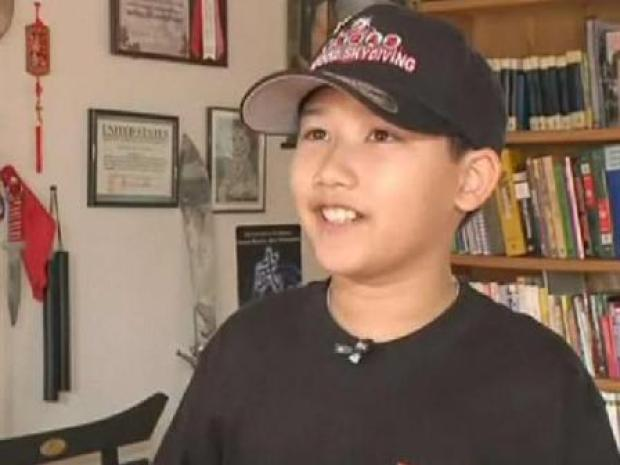 [LA] 11-Year-Old Graduates From LA College