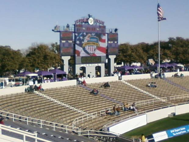 Viewer Photos: 2008 Armed Forces Bowl