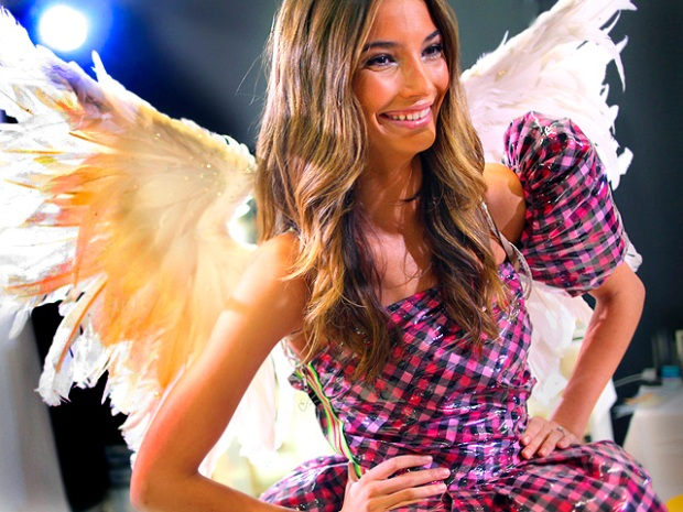 [NATL] Angels Strut for TV's Sexiest Show