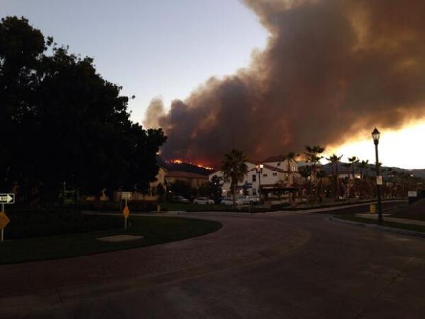 [PHOTOS]Brush Fire Burns Angeles National Forest Near Glendora
