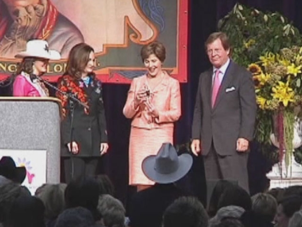 [DFW] Bush Honored by Cowgirl Museum