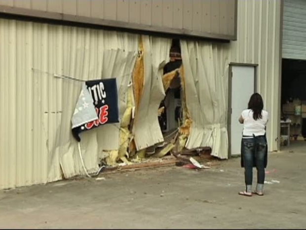 [DFW] Truck Slams into Arlington Salon