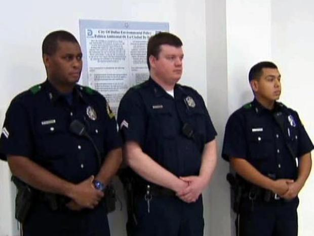 [DFW] Officers Honored for Saving Family From Burning Home