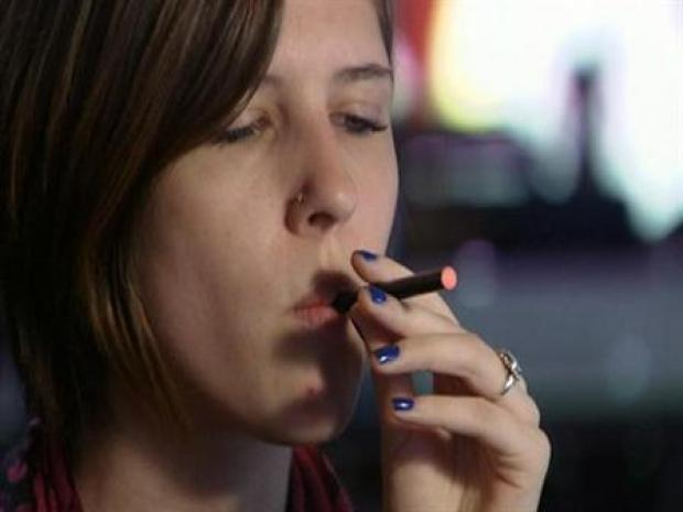 [CHI] To Vape or Smoke: The E-Cig Controversy