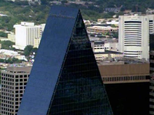 [DFW] Man Accused of Trying to Bomb Dallas Skyscraper