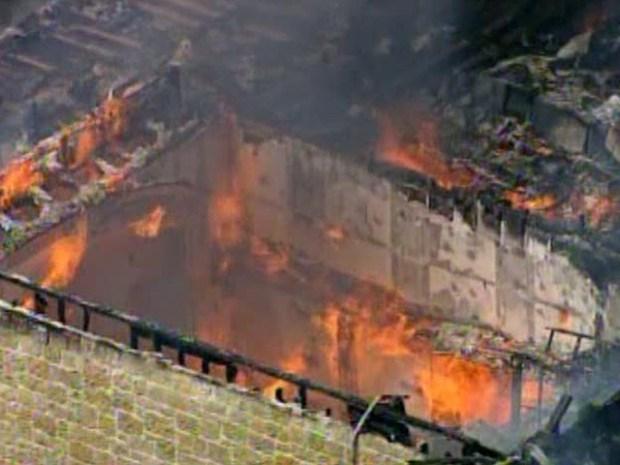 [DFW] Heath Mansion Destroyed in Massive Fire