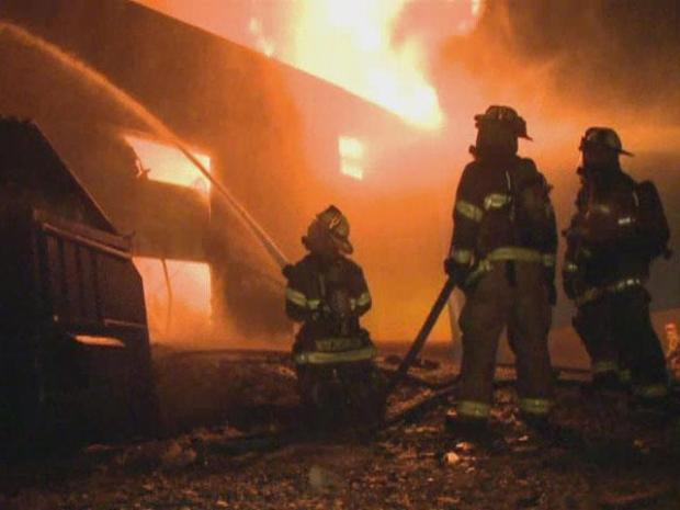 [DFW] Dallas Four-Alarm Fire Destroys Warehouse