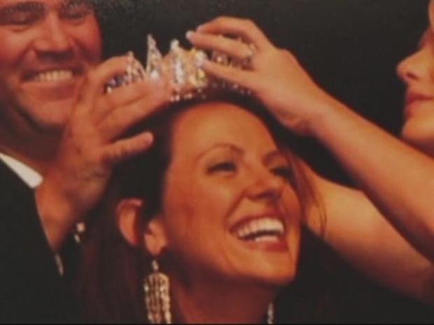 [DFW] Exhibit Honors Pageant Queens in Combat Boots