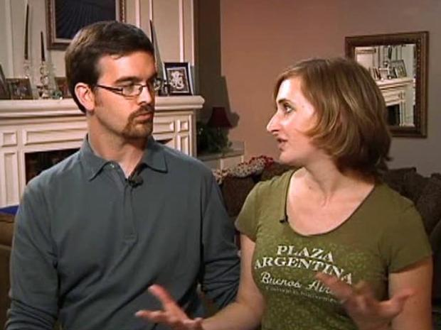 [DFW] Couple Vows to Slice Plastic Out of Their Lives