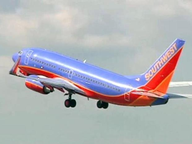 [DFW] Travelers, Employees Weigh In on Southwest-AirTran Deal
