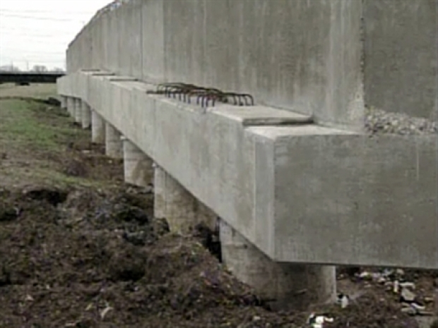 [DFW] Sand Concerns May Delay Trinity Bridge Construction