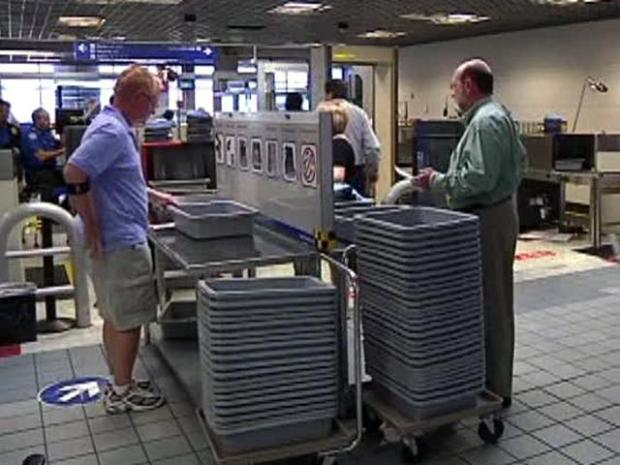 [DFW] TSA Agents Say Cast Incidents Demonstrate Security Flaw