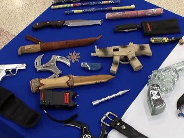 [DFW] Take a Peek at What TSA Screeners Confiscate