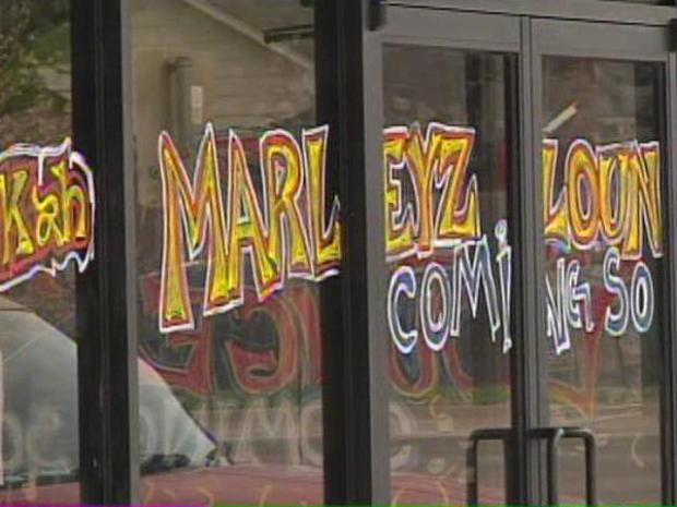 [DFW] Residents Fuming Over  Smoke Shop