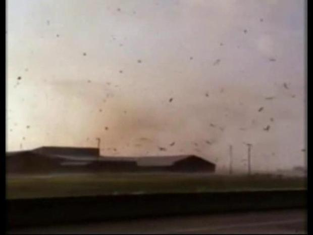 [DFW] Navarro Storm Spotter Captures Tornado on Camera