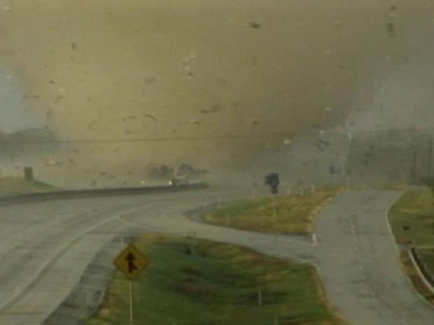 [DFW] Tornado Photos Capture Intensity
