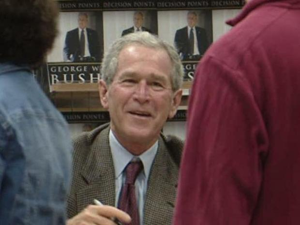 [DFW] Raw Video: Bush Signs Autographs at Dallas Book Signing
