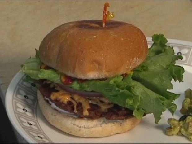 [DFW] Switch Up Your Veggie Burger At Spiral Diner