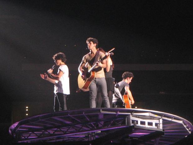 Jonas Brothers Rock Cowboys Stadium