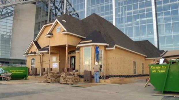[DFW] Cowboys Stadium Home to a Model Home