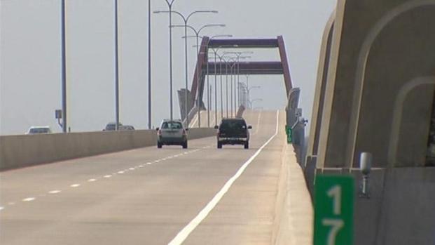 [DFW] Bridge Over Troubled Waters