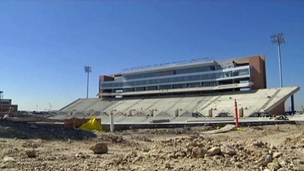 [DFW] UNT's New Stadium Takes Shape