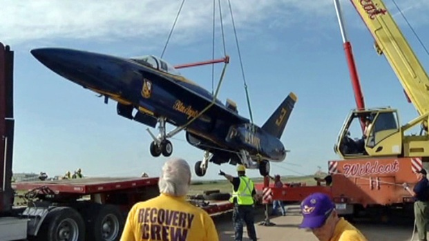 [DFW] Blue Angel Jet Makes Fort Worth Home