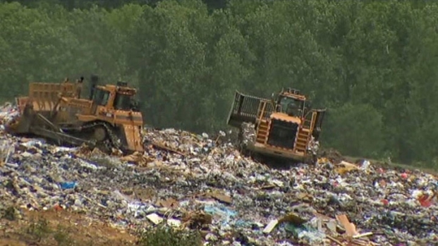 [DFW] Dallas Trash Plan Creates Stink