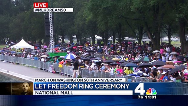 [DC] Rain Falls As Crowds Gather for 'Dream' Anniversary