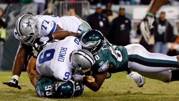 Eagles Fly Over Cowboys