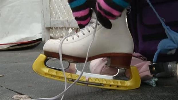 [DFW] Outdoor Skating Heats Up Frisco Square