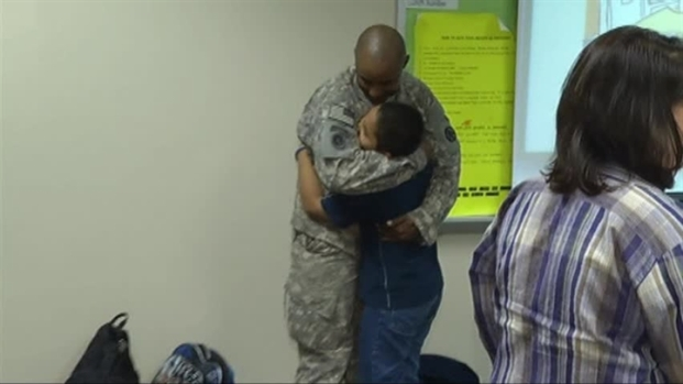 [DFW] Arlington Soldier Surprises Son