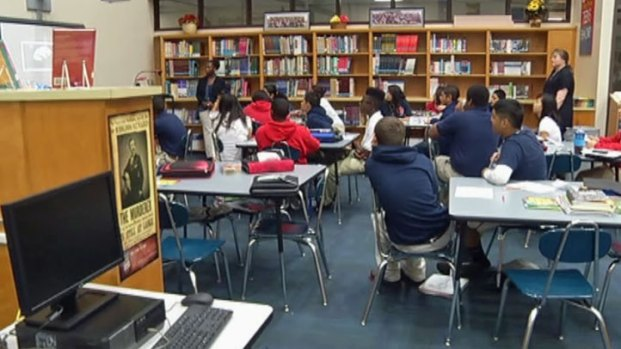 [DFW] Arlington Takes New Approach in Classroom