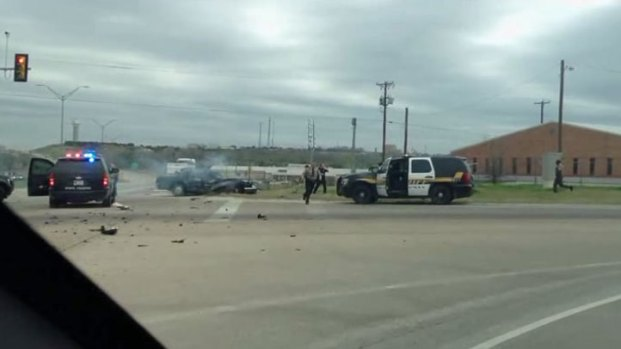 [DFW] Raw Video: NBC 5 Viewer Captures End of Chase-Shootout