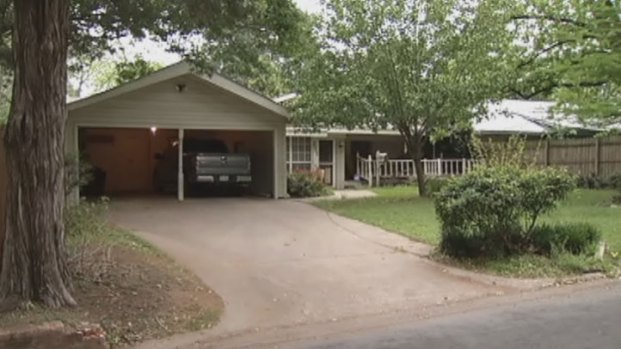 [DFW] 2-Year-Old-Corsicana Boy Dies After Shooting Self